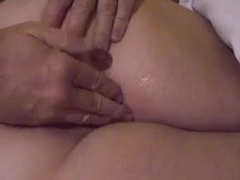 He toys her big pussy before a BJ