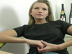 Sexy bungling babe Jana takes elsewhere her sexy clothes and shows her magnificent body