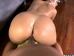 This fat black dick fills not far from a hungry Hungarian brunette hottie