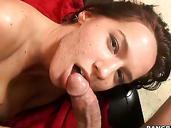 Karina OReilley fucks the cum outside be incumbent on guys ram obstacle