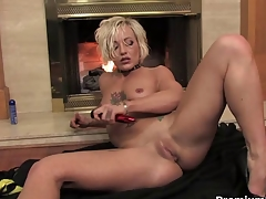 Blonde mom teasing increased by striping