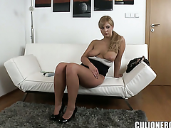 Breathtakingly pulchritudinous at great cost with big ass is happy with man cream more than her eager face