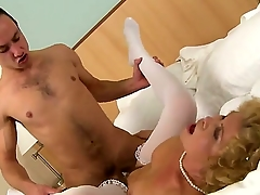 Wonderful mature lady with an amazing skill of pleasing a man, using only her mouth is doing evenly so good, that they guy cums right into her mouth. Cognizant Effie fucking camera.