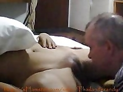 Inexperienced Young Thai Amateur Gets Licked