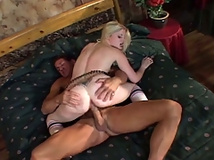 Dilettante blonde pet agrees to fuck for money